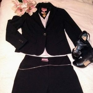 Bandolino 2 piece suit